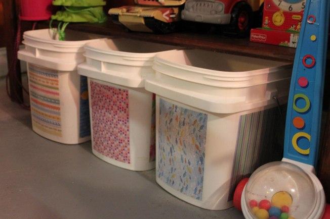 kitty-litter-toy-buckets