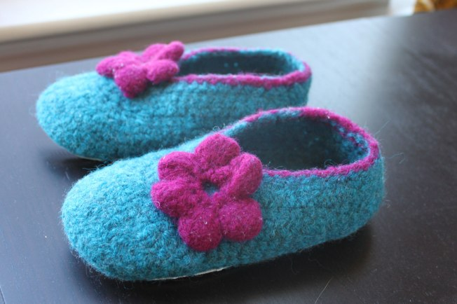 slippers-side