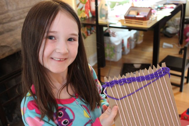 homemade-loom-start