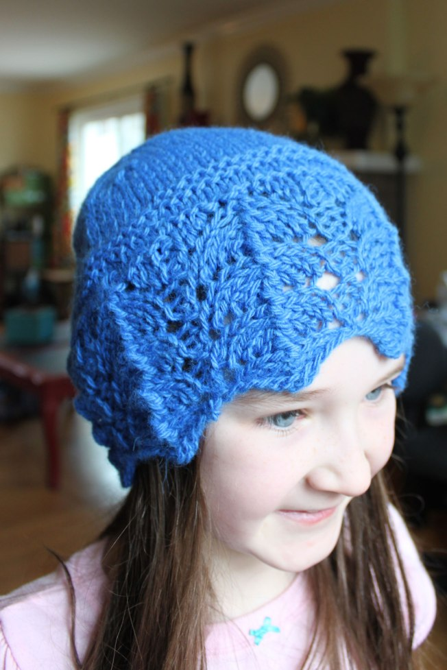 lacey-hat